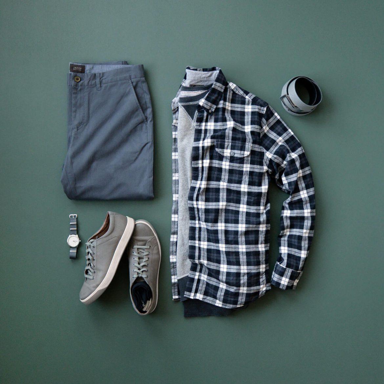 90b1683f2460f8 Shirt: Jachs NY // Sweatshirt: Jachs NY (similar) // Chinos: Jachs NY //  Sneakers: Johnston & Murphy // Watch: Vaer // Belt: Anson Belt // Socks:  Lucky ...